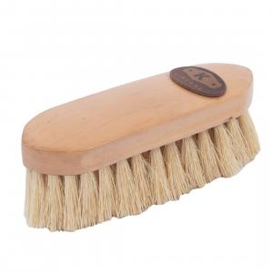 Kincade Wooden Deluxe Dandy Brush