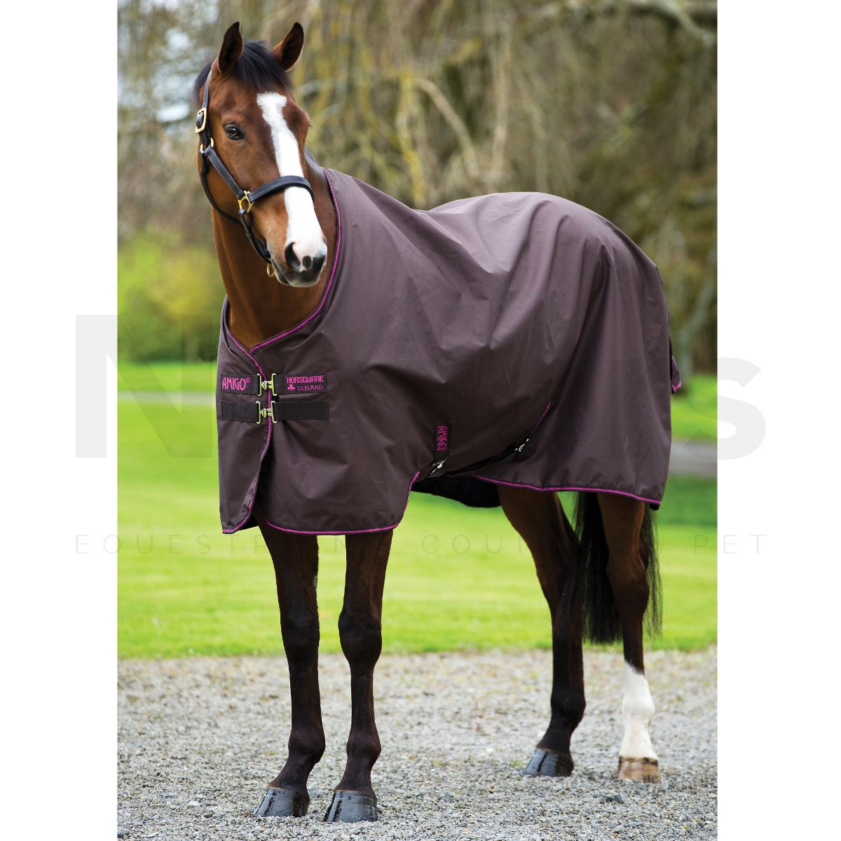 Horseware Amigo Hero 900 50g Lightweight Standard Neck Turnout Rug Chocolate Raspberry
